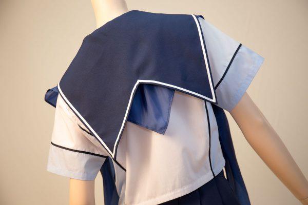 ラブプラス コスプレ衣装 十羽野高校女子制服 夏服 半袖 セーラー襟背面