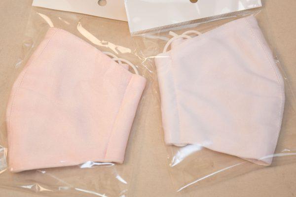 マスク さくら色 薄いピンク 白との違い